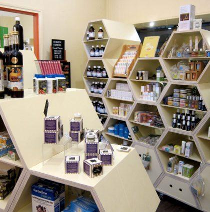 Aménagement et mobilier d'épicerie biologique